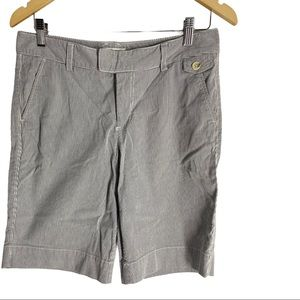🍋Dockers mid rise curvy woman's striped shorts